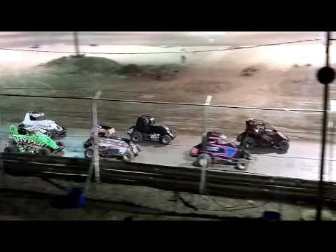 600 wingless micro sprints Jim Lafler memorial 32 lap race at limerock Speedway on 7/16/16