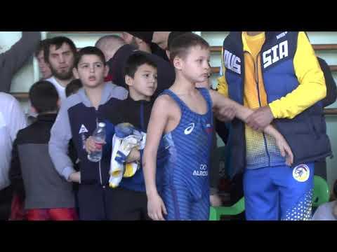 Чопалаев Хабиб (Бабаюрт) - Клименко Дмитрий (Элиста)
