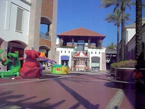 Forum Algarve Shopping Entrance - Jumbo - Faro Portugal - HD