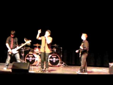 Majetik, Regina Band