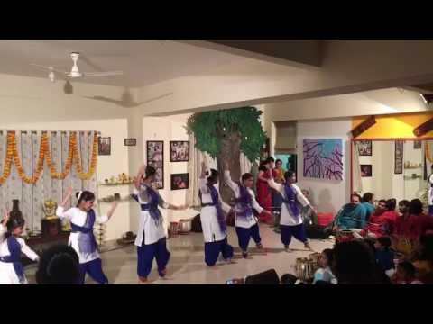 Jhanak jhanak sung by kaushiki Chakrabarty.
