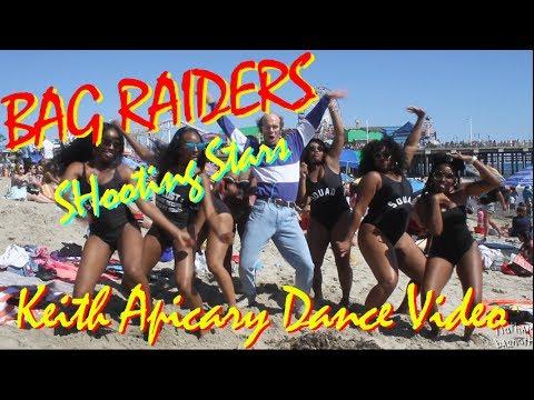 Bag Raiders - Shooting Stars 'OFFICIAL DANCE VIDEO'