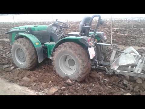 Tractor Ferrari 65 Cv