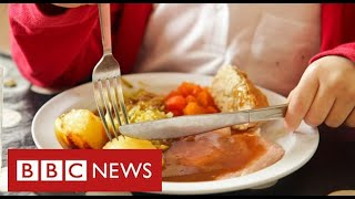 Public and councils offer free meals to children after government refuses to fund them - BBC News