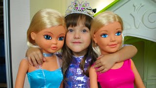 Ksysha Pretend Play Dress UP  w/ Princess Boutique & Birthday Party