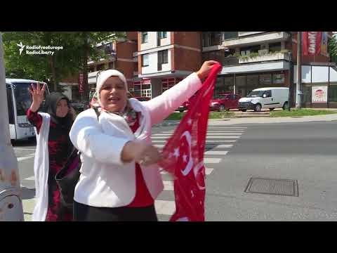 EU Turks Come To Sarajevo For Erdogan's Rally