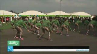 رقصة برازيلية لاستقبال الرياضيين الفرنسيين في ريو دي جانيرو