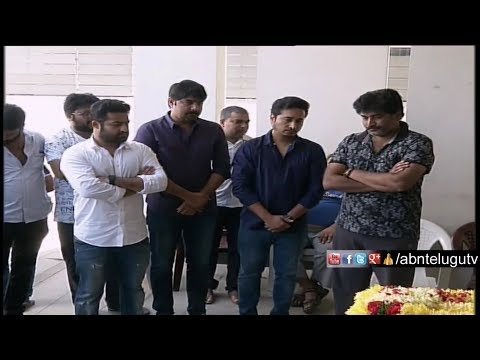 Tollywood Celebrities Pay Homage To Rajeev...