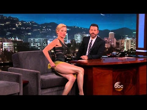 Julie Bowen  Return of the Hot Legs