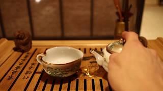 Набор антикварной посуды # 17403, фарфор (чайник 185 мл., гундаобэй 105 мл., 5 пиал 90 мл.)