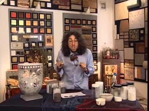 видео: Декоративные страсти с Маратом Ка № 14 2006 Ваза с золотым орнаментом