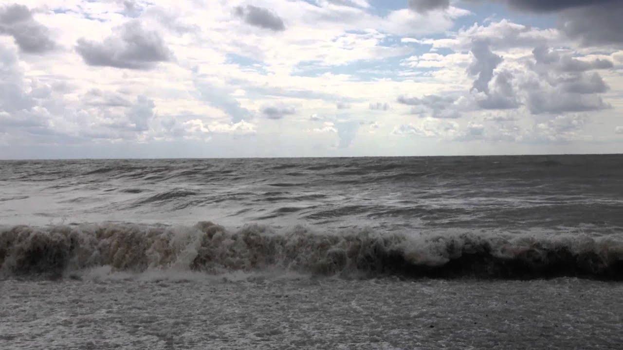 шторм в море фото