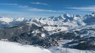Лез Арк Ла Плань Парадиски Франция La Plagne Les Arcs(Как мы катались на горных лыжах во Французских Альпах в январе 2014 года. Поездка из Лез Арка в Ла Плань., 2014-12-21T12:52:16.000Z)