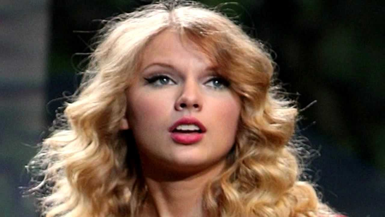 taylor swift mean live grammy awards 2012 safe and sound