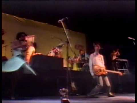 Talking Heads Live Wembley 1982 (12) Crosseyed And Painless