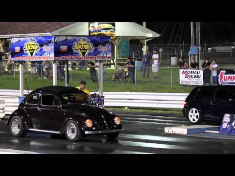 Andrew Short's old school turbo Volkswagen Beetle