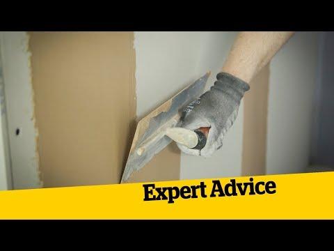 Plastering Walls | Homebuilding & Renovating