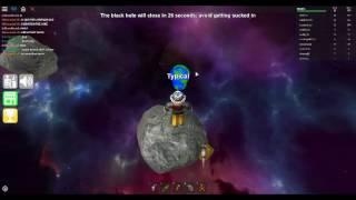Roblox Epic minigames: Black hole scramble gameplay
