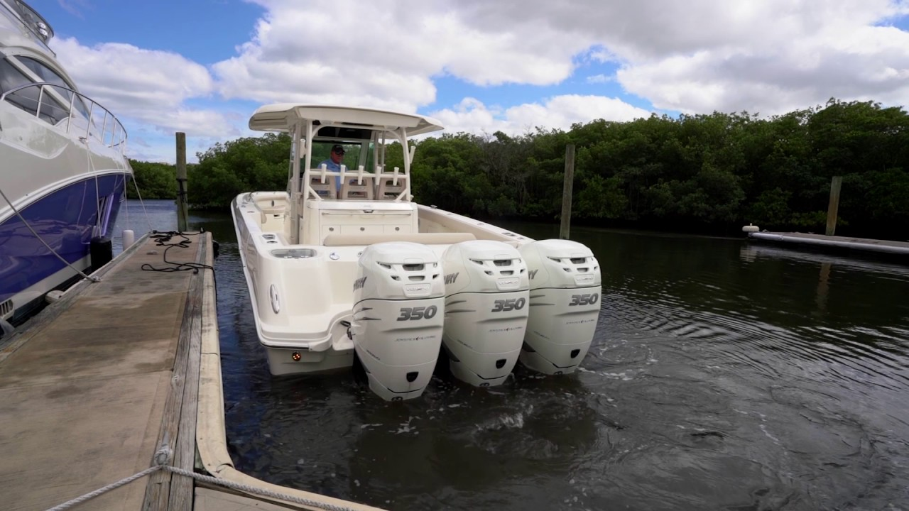 Boating Tips Episode 14 Docking A Multi Engine Outboard Boat Youtube