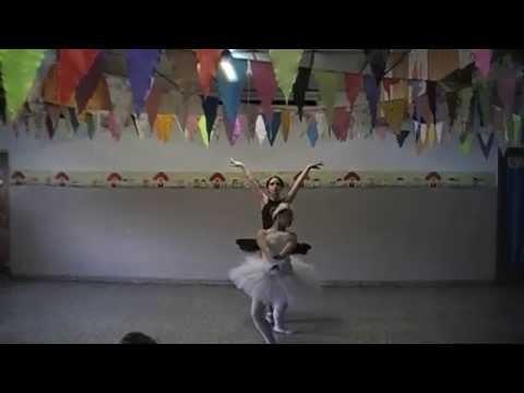 Bailarinas De Corazon Prof.Martina GODOY Lago UAF 2014 Belu Y Pri