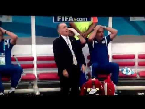 Argentinian coach, Alejandro Sabella, past out for few seconds (Argentina vs Belgium 05/07/14)