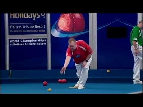 Lawn Bowls:2012 darren burnett Vs robert weale