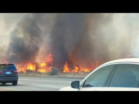 Brush fire in Santa Clarita California