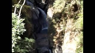 山梨県福士川渓谷 七ツ釜の滝