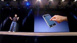 Steve Jobs announces the original iPhone