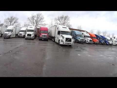 3246 Truckers at work at the Pilot truck stop