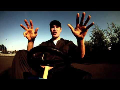 iLLBiLLY HiTEC ft. Longfingah & Zhi - Keep On Rolling (official)