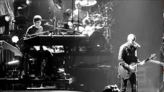 Linkin park - Iridescent Live Paris,France 2010 HD