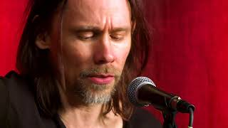"""Myles Kennedy - """"Year of The Tiger"""" acoustic session at hardDriveRadio"""