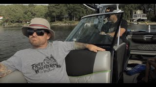 Wake-surfing - Jeff Tremaine,  Weeman, and others