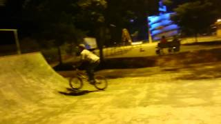 Viral Video UK: BMX stunt goes wrong!