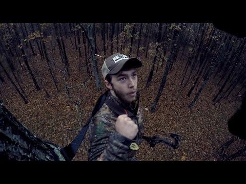 Bow Hunting Monster Missouri Whitetail Bucks