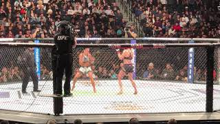 UFC 223 Rose vs Joanna 2 - begin of last round