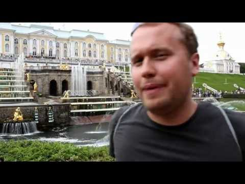 Fake Travel Guide: Peterhof outside Saint Petersburg