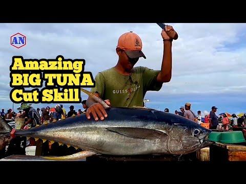 Keterampilan Potong Ikan Tuna Besar Pesanan Warung Ikbar Fitra Sorong