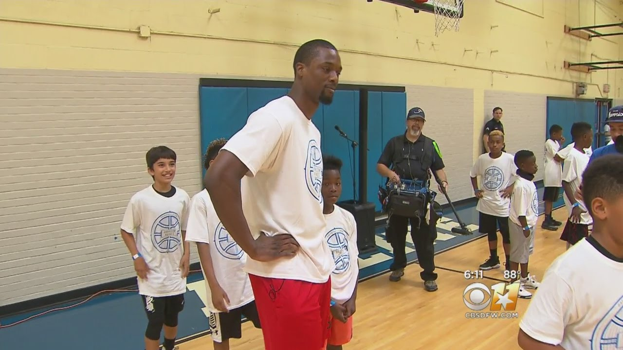 Mavs' Barnes Leads Basketball Camp With Former DPD Chief Brown