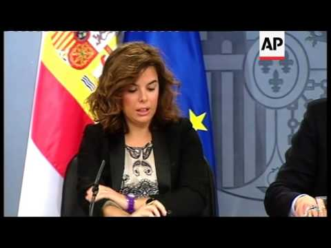 Spain's credit rating downgraded, Greece jobless total rises