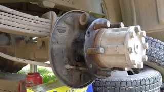 видео Ремонт тормозов задних колес ГАЗ-2705