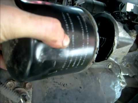 Oil Change and Oil Filter Change on a Toyota Rav4 - YouTube