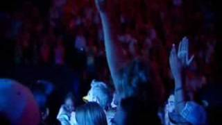 Hillsong Mighty To Save - Introduction and Take it All subtitulado español 1 - 17