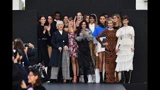 Le défilé L'Oréal Paris 2017