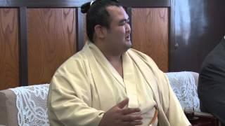 今年10月に伊予郡松前町で開かれる大相撲秋巡業を前に、佐渡ケ嶽親方と...