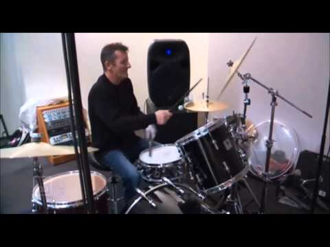 Phil Rudd playing drums 2015