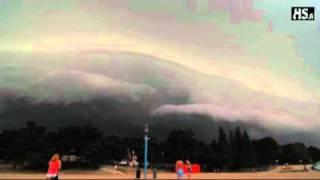 Странное погодное явление (чёрное облако)