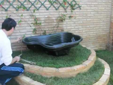 Instalacion estanque jardin youtube for Estanque peces jardin