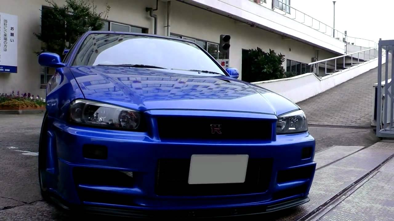 Beautiful Bayside Blue R34 Skyline GT-R V-spec II Nür HD